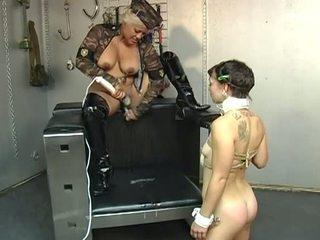 Porner Premium Jon R: Obedient slave chick knows how to please her mistress