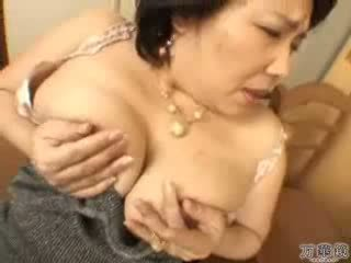 Japans rijpere mama masturberen video-