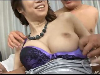 Babe gets double fucked