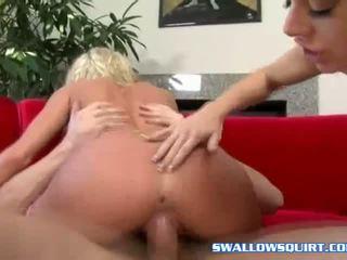 Angela kivi helping bree olsen sisse pritsimine mäng