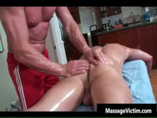 Super Hawt Bodied Guy Gets Oiled For Gay Massage