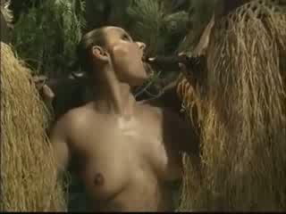 आफ्रिकन brutally गड़बड़ अमेरिकन महिला में जंगल वीडियो
