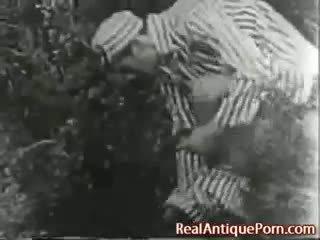 1915 šílený antický venkovní porno!