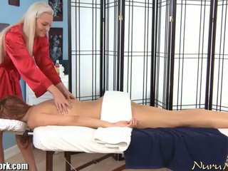 Erotisk electric lesbisk massasje