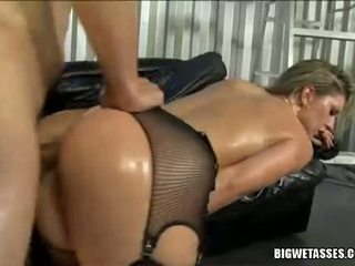 Hot Babe Avy Scott Gets Her Ass Banged From Behind And Takes Spunk Flow