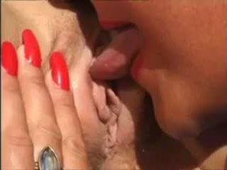 penetrasi ganda, group sex, lesbian