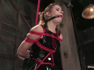 Sarah blake has tortured y toyed por claire adams