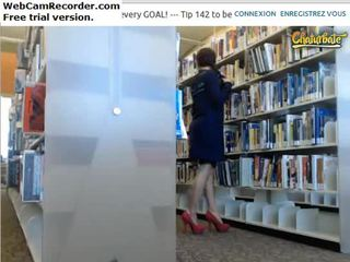 Flashing ass&tities in library