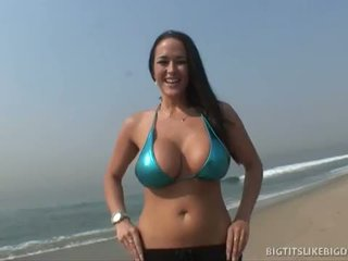 Mega Site Pass: Carmella's bouncing titties get cum