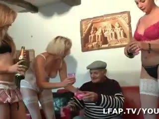 4 culs francais derramar l anniv de papy