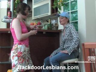 Rita і rosalie insane анал lesbie фільм
