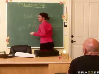 sophie dee हॉट, busty teacher