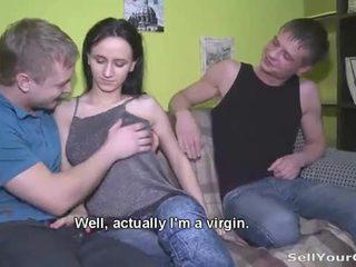 Rosyjskie nastolatka elena w a zdemoralizowane seks gra