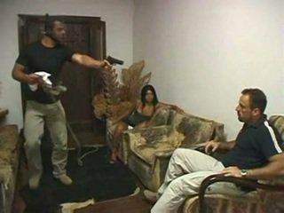 คนบราซิล ผัวมีเมียน้อย ระยำ ใน ด้านหน้า ของ สามี โดย irvinkloss