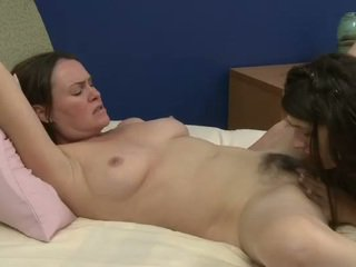 japanese, pussy licking, lezzy, lezzies