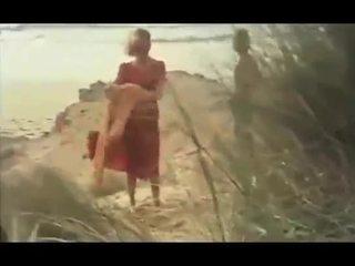 চুদার মৌসুম মা + বালক 01 থেকে matureside