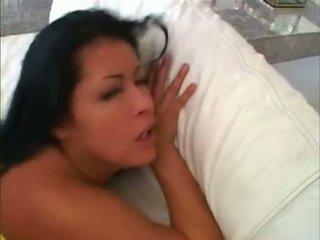 Melanie jagger और उसकी ally acquires गड़बड़ पर उनके arse alternately