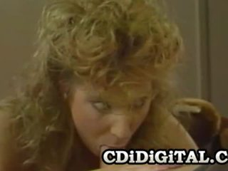 Mindy rae مفلس الرجعية فتاة ركوب الخيل ل قضيب