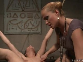 Katy BorMan Lusty Hottie Vigour To Suck A Dildo