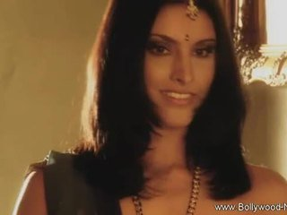 Bollywood beauty strips и teases