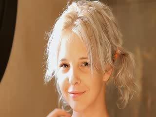 Holenie na krásne 21yo blondýna pička