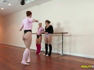 Lesbisch ballet klasse für dani daniels und ashley fires