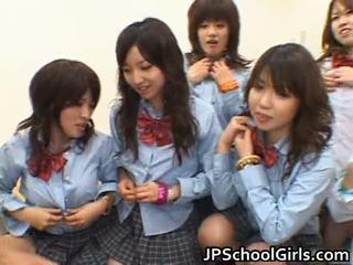 亚洲人 schoolgirls having 肛交 性别 色情