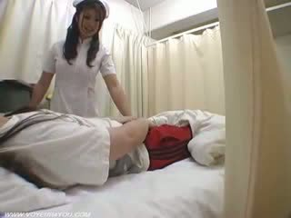 Phụ nữ y tá duties ward giới tính