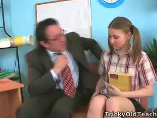 Irena was surprised acest ei invatatoare has astfel de the gigant penis.