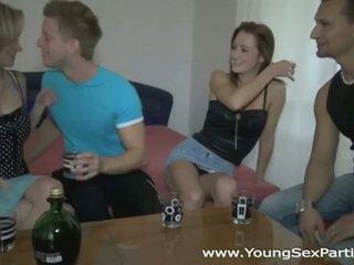 Betrunken sluts im heiß jung sex party