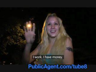Publicagent mlada blondinke s a lepo muca fucks izven