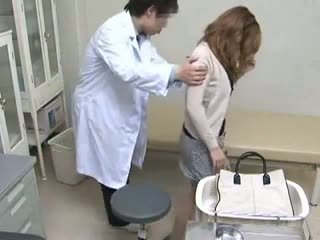 Woman used by her gynecologist Part 2