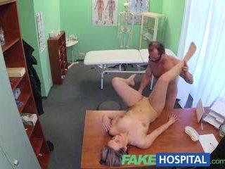 Fakehospital ny doktorn gets kåta momen jag skulle vilja knulla naken och våt med desire
