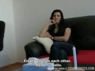 Τσέχικο streets - άνθρωπος traded του σύζυγος katka για λεφτά βίντεο