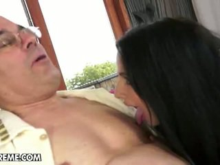 Kerry's irresistible geezer temptation