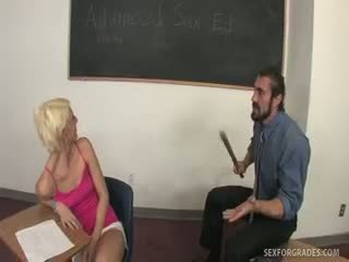 केसी सकी christine alexis होना failing सेक्स ed?