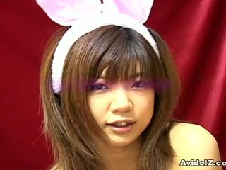 คนจีน กระต่ายบันนี่ gal rika hayama has batty