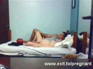 Spying gravida adolescenta louise calarind ei bf video