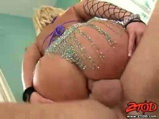 Breasty 金发 georgia peach gets asspounded 和 gets 一 麻烦的 射精