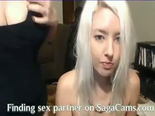 Online Cam Teen Magie -SagaCams.com
