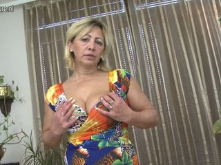 Sensuous Mature Honey Loves To Play Sex Game Porn Game Close By Her Horny Fuzz