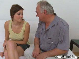 Joli 과 grej 뜨거운 청소년 포르노를