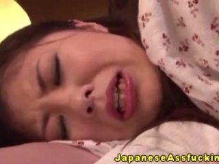 الآسيوية اليابانية ناضج في الشرجي لعب