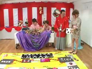 जपानीस सेक्स गेम प्रदर्शन