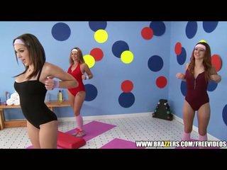 Aerobics instructor loves ใหญ่ หำ