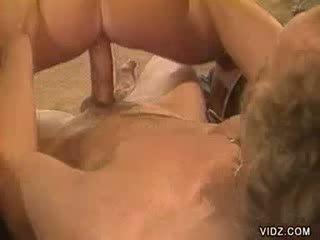 סקסי בלונדיני בובה loves getting slit screwed