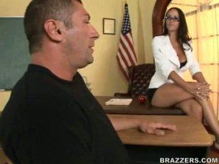 bruneta, nejžhavější vtipálek, zábava osel nejžhavější
