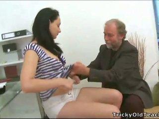 थ्रीसम सेक्स साथ टीचर