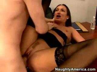 เซ็กซี่ แม่ผมอยากเอาคนแก่ michelle ปู blows a ยาก meatpole บน เธอ ห้อง
