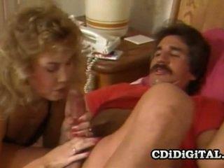Sheena horne og blondie bee kåt sex situasjon